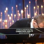 Christoph Waltz Bow, body language at the oscars