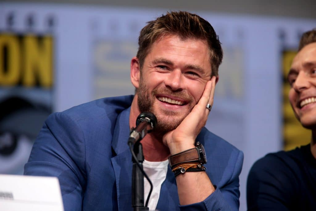 Chris Hemsworth looking ultracool by leaning his head